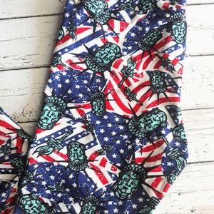 LuLaRoe Pants - NWOT LULAROE Leggings Statue Of Liberty Patriotic
